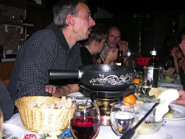 2005-11-25-sf-chlausabend-hof-008
