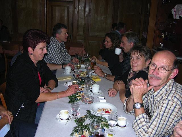 2005-11-25-sf-chlausabend-hof-017