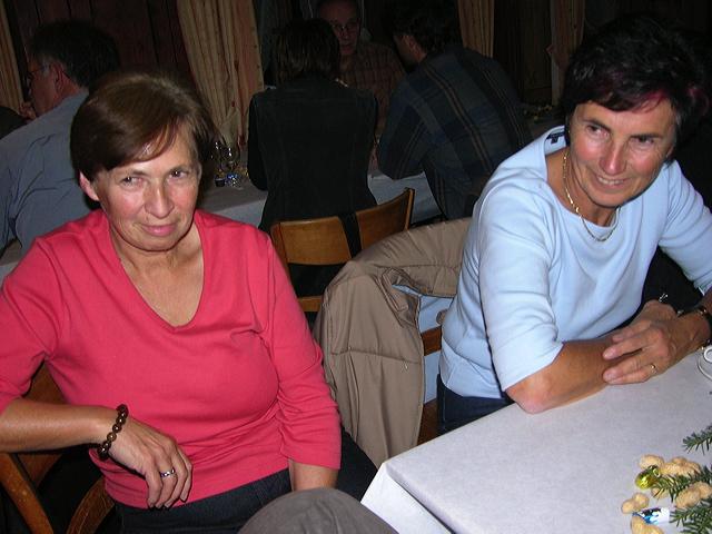 2005-11-25-sf-chlausabend-hof-020