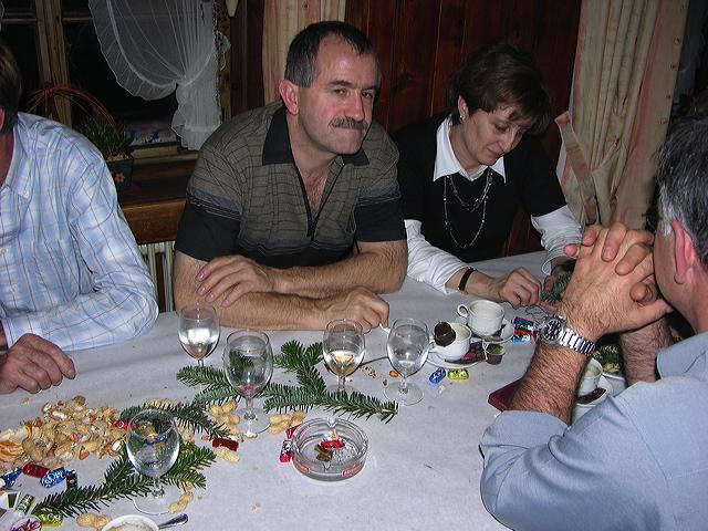 2005-11-25-sf-chlausabend-hof-021