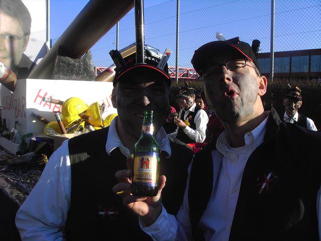 2007-02-15-sf-fasnacht-raucher-bar-024