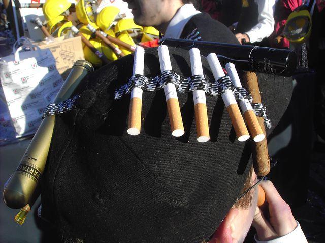 2007-02-15-sf-fasnacht-raucher-bar-025