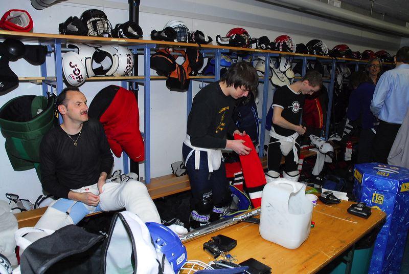 2008-04-08-sf-hockey-wetzikon-003