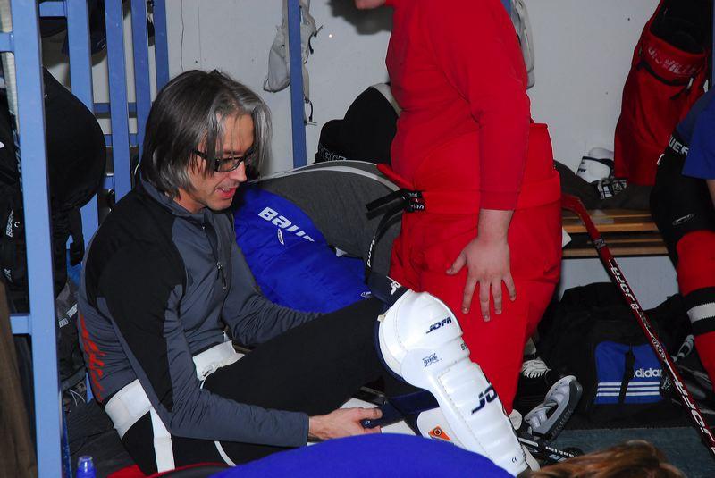 2008-04-08-sf-hockey-wetzikon-013