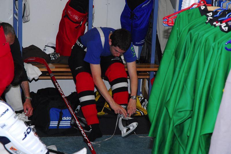2008-04-08-sf-hockey-wetzikon-014