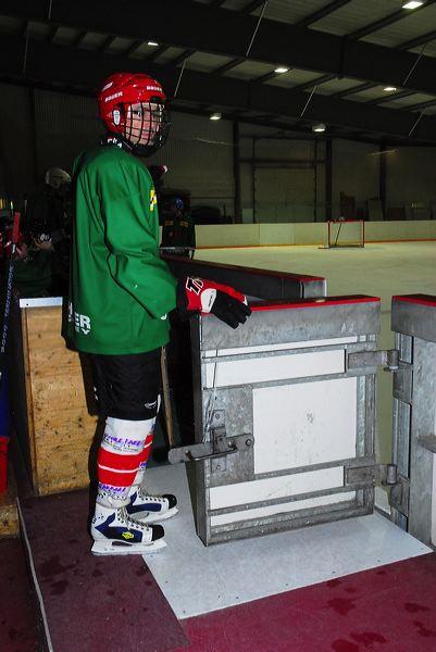 2008-04-08-sf-hockey-wetzikon-042