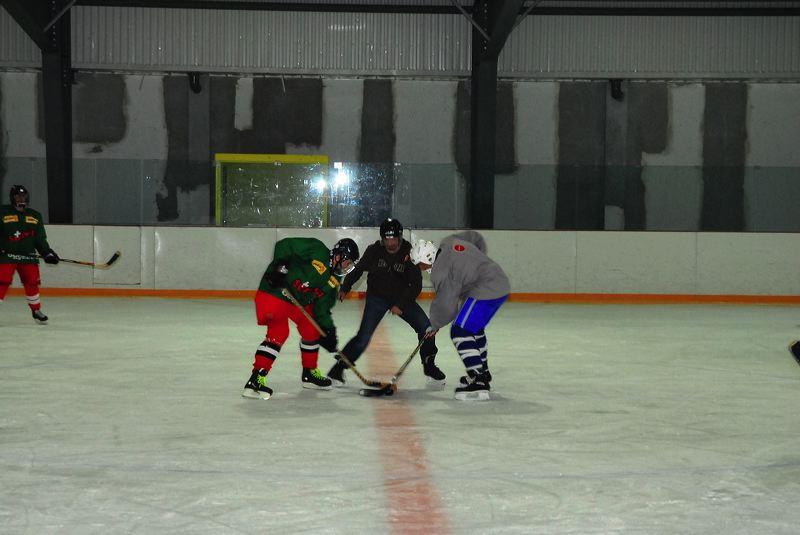 2008-04-08-sf-hockey-wetzikon-043