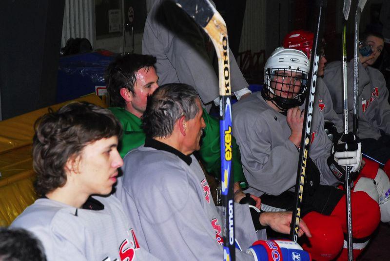 2008-04-08-sf-hockey-wetzikon-051