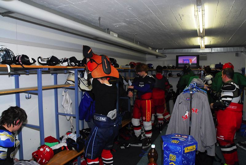 2008-04-08-sf-hockey-wetzikon-066