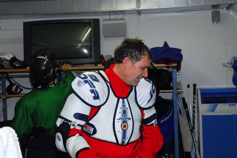 2008-04-08-sf-hockey-wetzikon-068