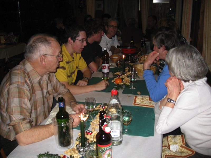 2008-11-28-sf-chlausabend-hof-037