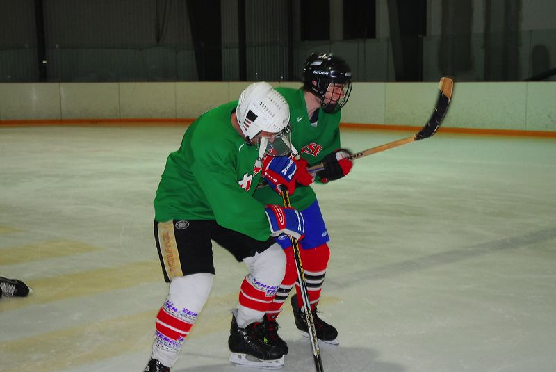 2009-04-07-sf-hockey-wetzikon-017