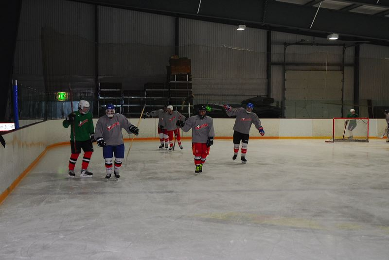 2009-04-07-sf-hockey-wetzikon-021