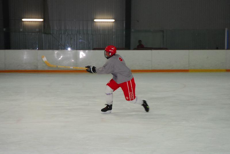 2009-04-07-sf-hockey-wetzikon-046