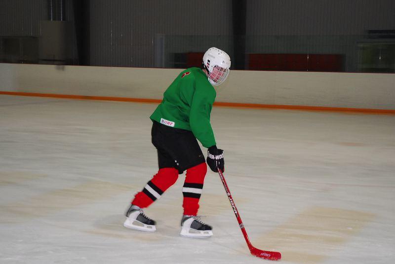 2009-04-07-sf-hockey-wetzikon-056