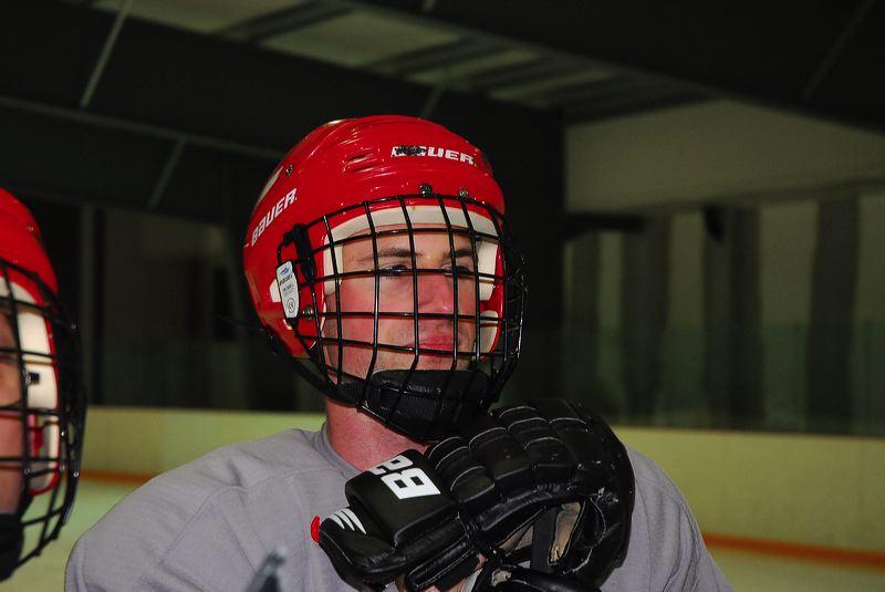 2009-04-07-sf-hockey-wetzikon-063
