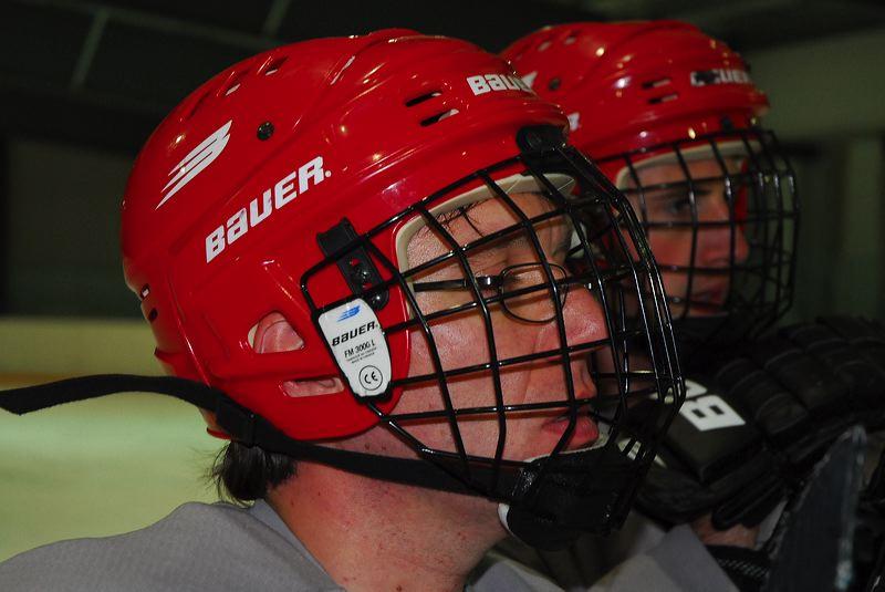 2009-04-07-sf-hockey-wetzikon-064