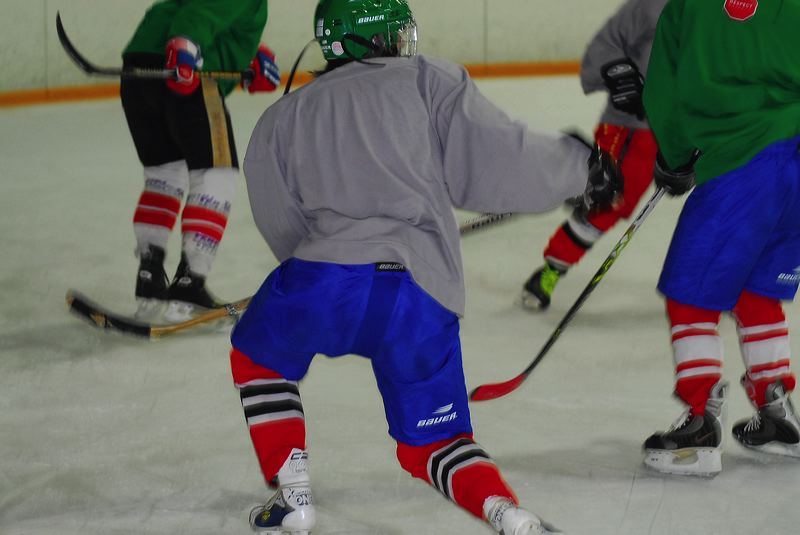 2009-04-07-sf-hockey-wetzikon-082