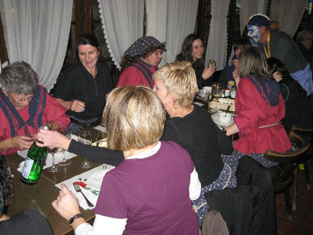2010-02-11-sf-fasnacht-stampf-044