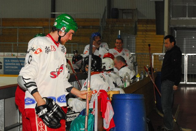 2010-03-23-sf-hockey-wetzikon-107