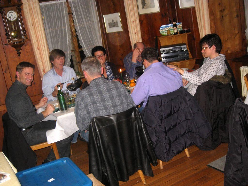 2010-11-26-sf-chlausabend-hof-bollingen-015