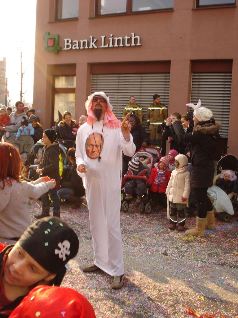 2011-03-03-sf-fasnacht-qatar-001