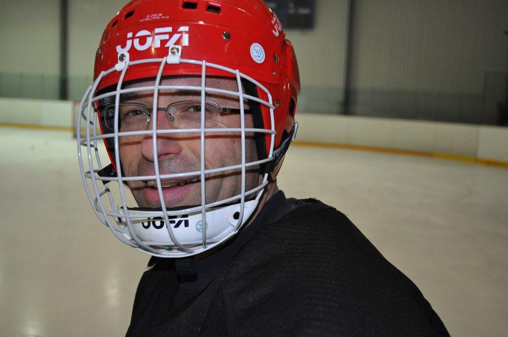2011-03-29-sf-hockey-wetzikon-021