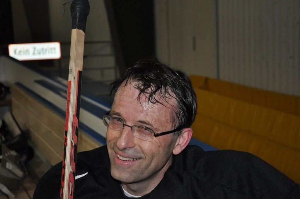 2011-03-29-sf-hockey-wetzikon-049