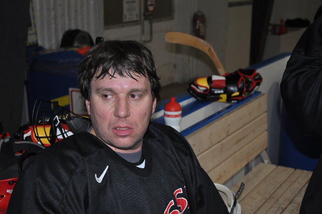2011-03-29-sf-hockey-wetzikon-050