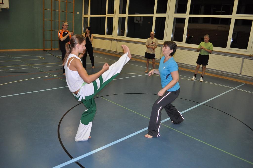 2011-04-05-sf-capoeira-051
