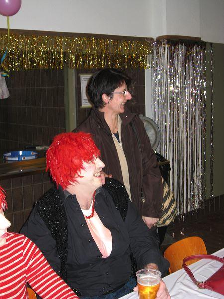 2008-01-31-sf-fasnacht-table-dance-071