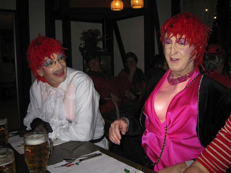 2008-01-31-sf-fasnacht-table-dance-081