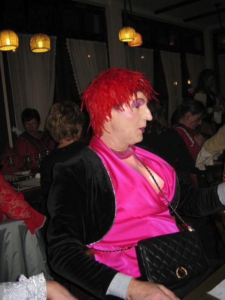 2008-01-31-sf-fasnacht-table-dance-087