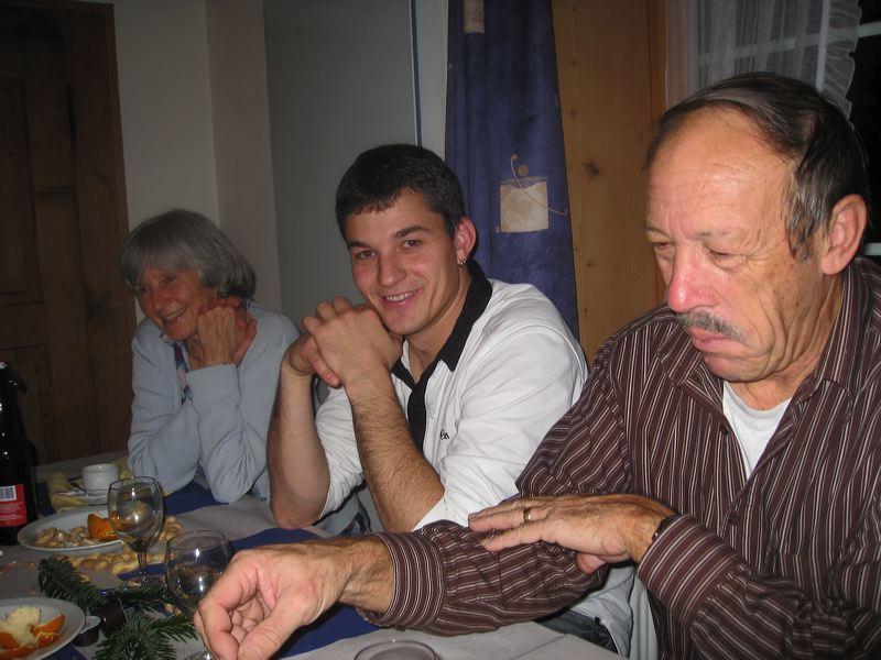 2009-11-27-sf-chlausabend-hof-020