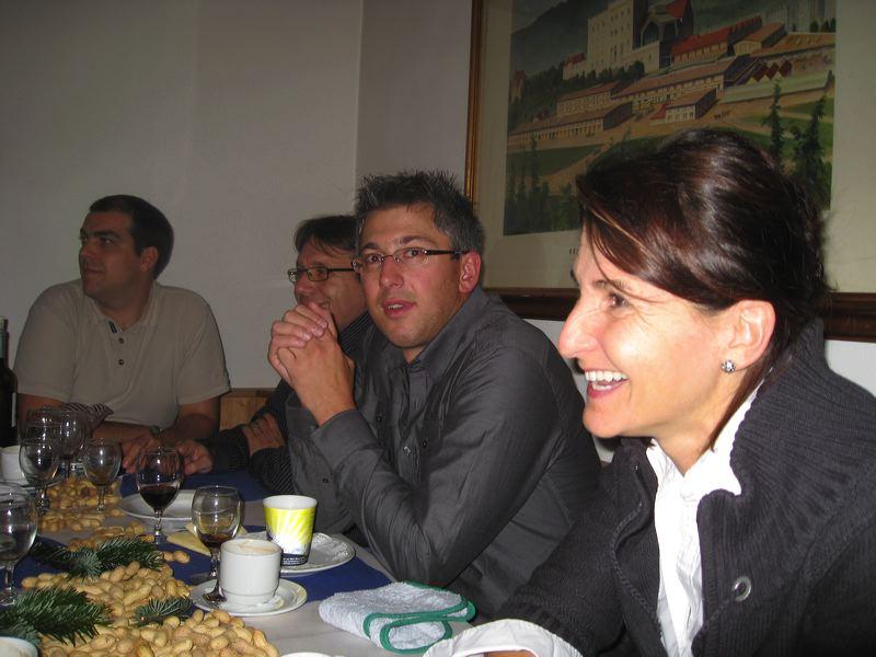 2009-11-27-sf-chlausabend-hof-023