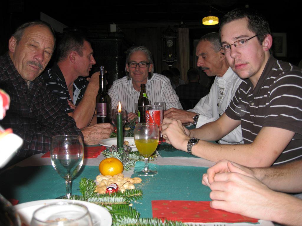 2010-11-26-sf-chlausabend-hof-bollingen-036