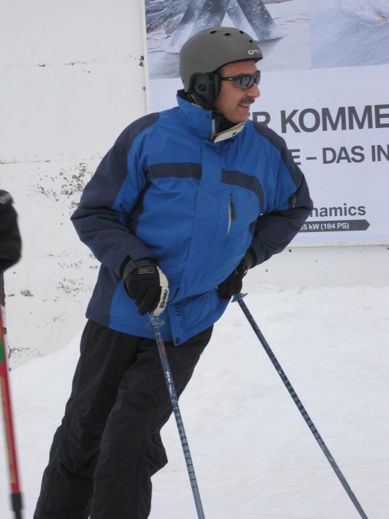 2011-01-08-sf-skiweekend-saas-022